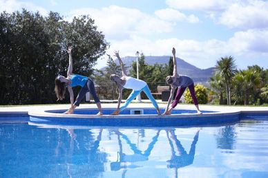 Yoga Auszeit in der Finca Son Manera auf Mallorca Spanien