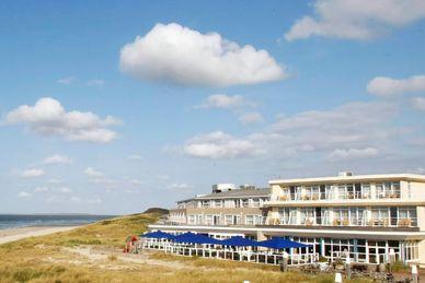 Yoga auf Vlieland im Westcord Strandhotel Seeduyn Niederlande