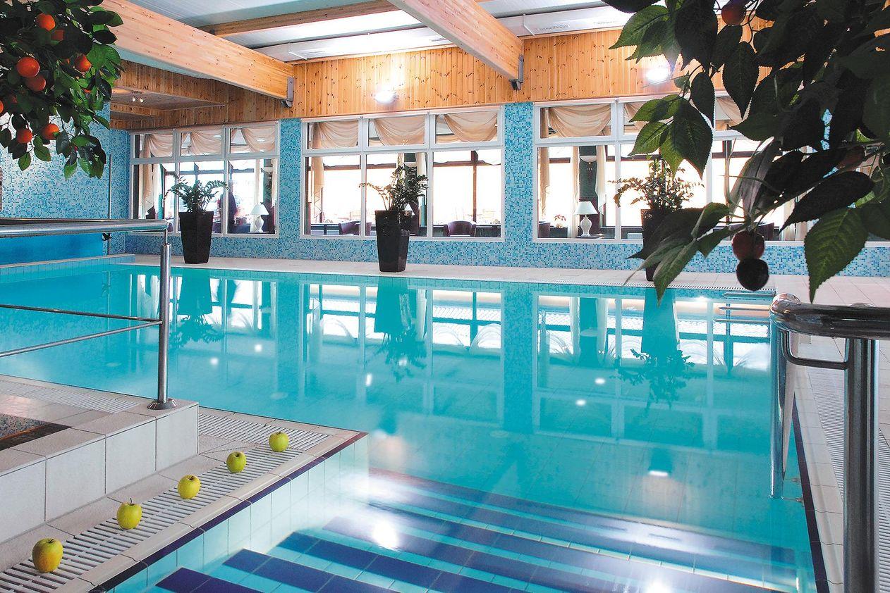 fitness wellness reisen sport entspannung zum bestpreis. Black Bedroom Furniture Sets. Home Design Ideas